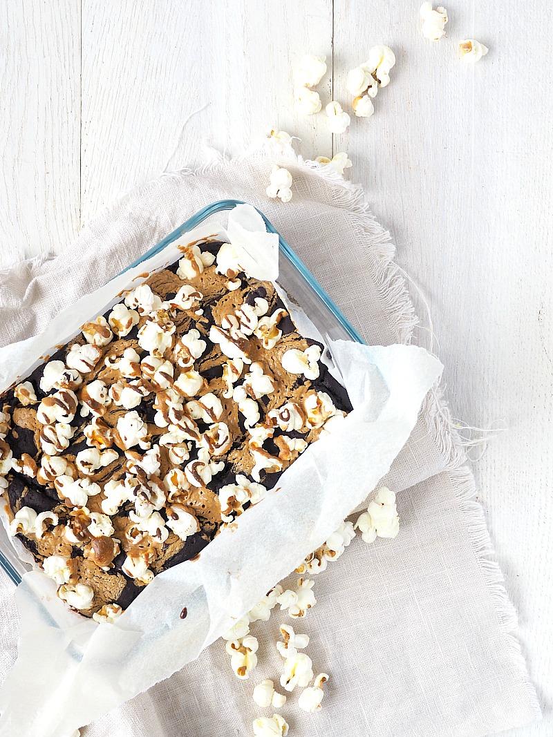 Popcorn pindakaas brownies.jpg